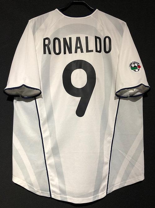 【2001/02】 / Inter Milan / Away / No.9 RONALDO
