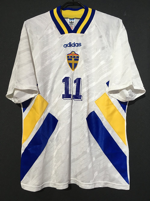 【1994/95】 / Sweden / Away / No.11 BROLIN