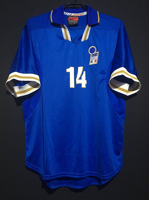 【1996/97】 / Italy / Home / No.14 / Player Issue