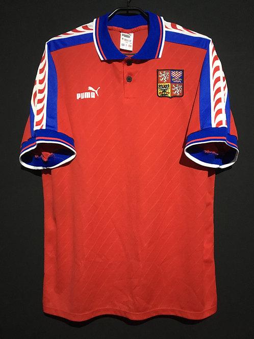 【1996/97】 / Czech Republic / Home