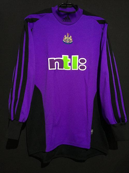 【2001/03】 / Newcastle United / GK