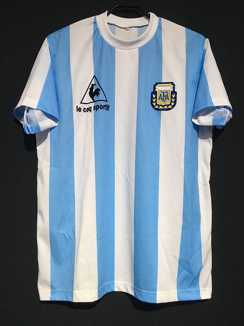 【1986】 / Argentina / Home / No.10 / Reproduction