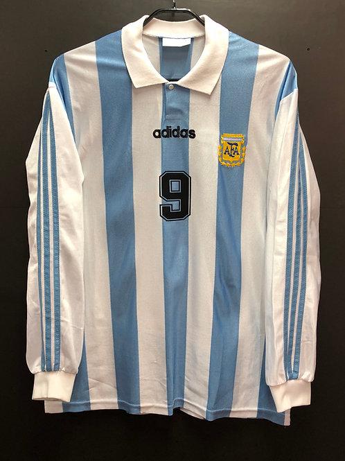 【1994】 / Argentina / Home / No.9 BATISTUTA
