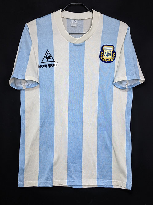 【1988】 / Argentina / Home