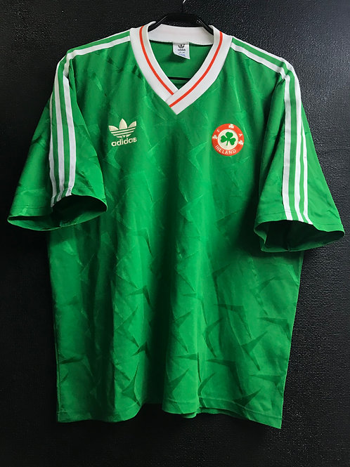 【1990/91】 / Republic of Ireland / Home