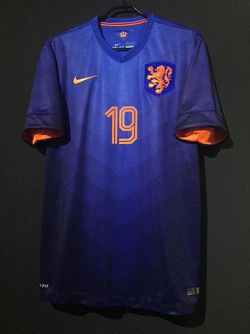 【2014】 / Netherlands / Home / No.19 HUNTELAAR