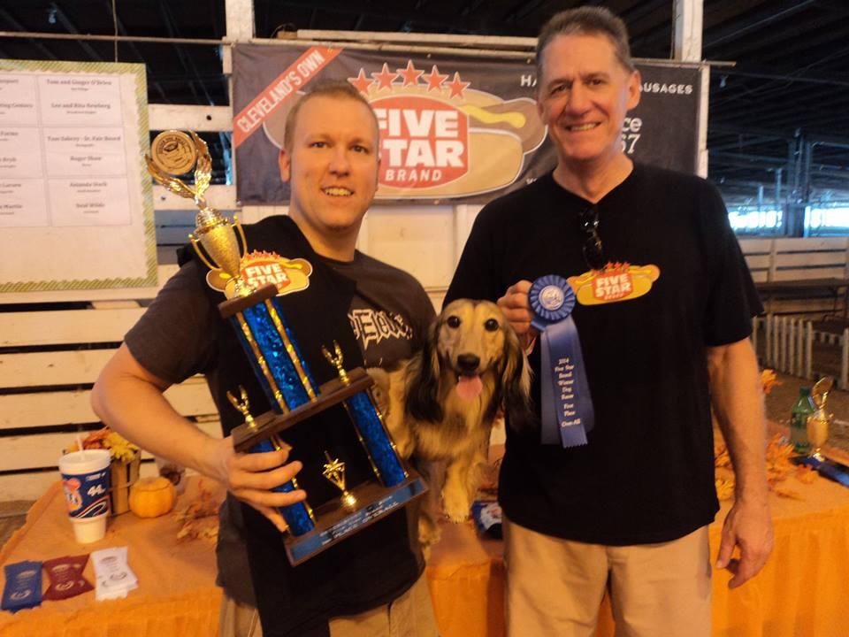 Five Star Wiener Dog Races Winner