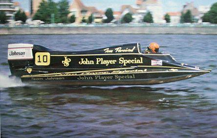 1982 Tom Percival JPS Velden Johnson.jpg
