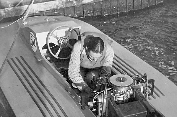 K Paul in Quicksilver 1948.jpg