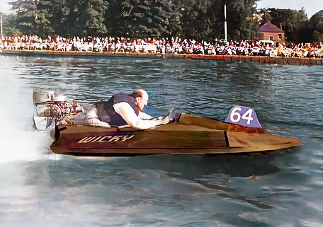 1952 Alan Darby in Wicky (colorised).tif