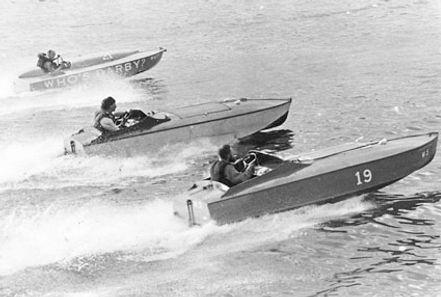 Post war inboard racing.jpg
