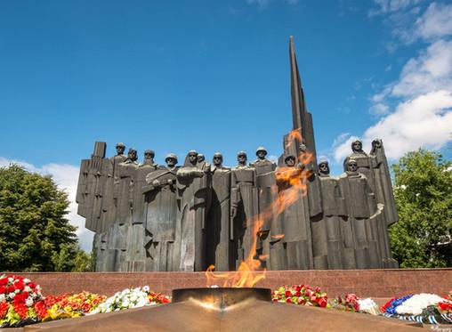 Более 440 новых памятников участникам ВОВ хотят установить в Воронежской области