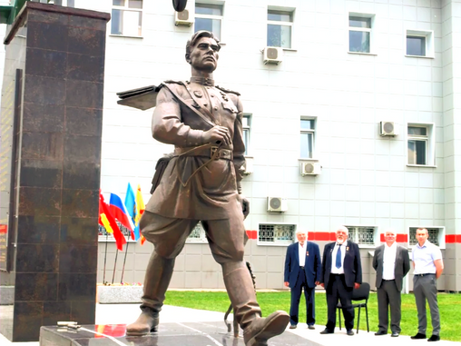 """В Бологое состоялось открытие мемориала """"Легендарный Маресьев"""""""