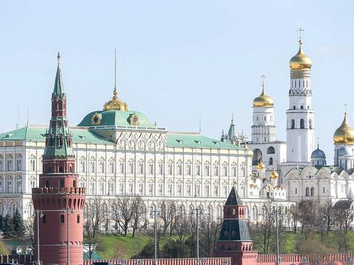 Президент РФ внес законопроект об уголовной ответственности за повреждение воинских захоронений