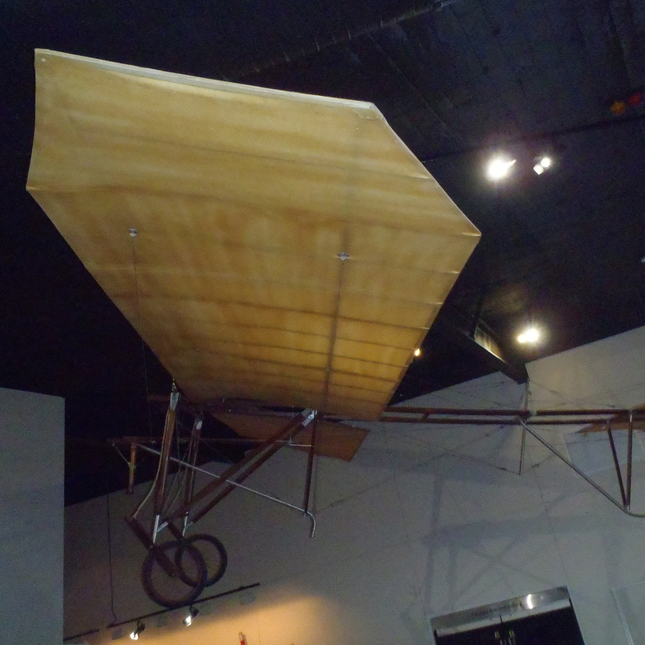 Hinkler's first aircraft