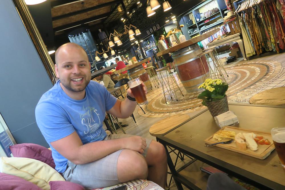 Valencia- tapas and local cerveza