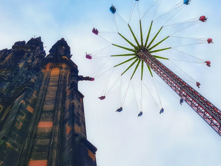 Spending A Festive Day In Edinburgh