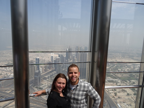 Can Couples Hold Hands In Dubai?