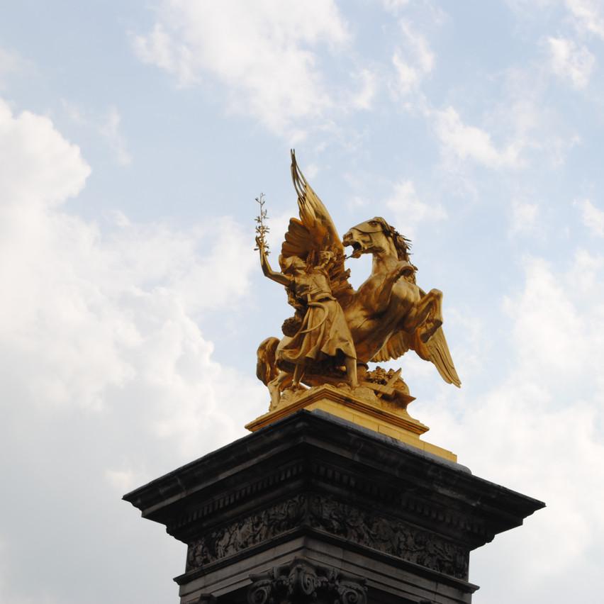 Parisian statues and lamp posts