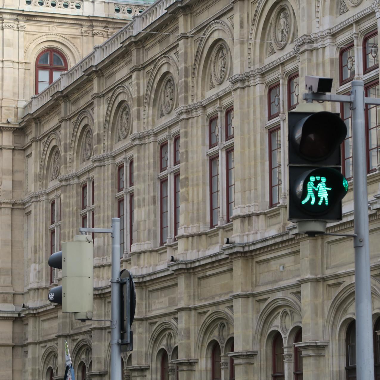 Vienna- green 'couple'