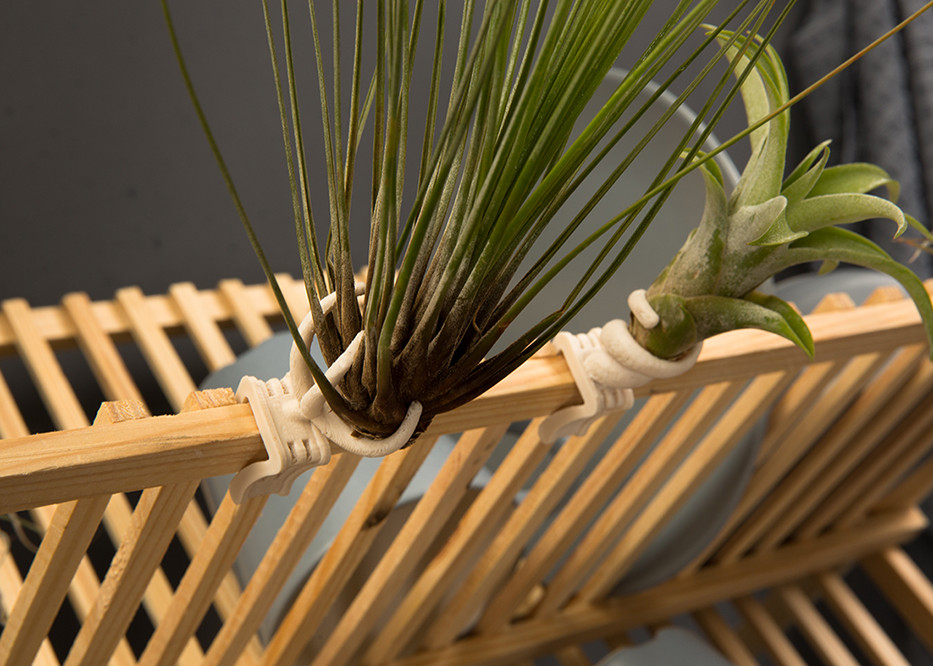michal-Levitzky-Clip-On-Plant-Stool.jpg