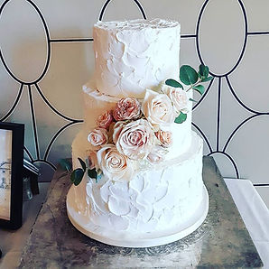 Soft Roses Floral Wedding.jpg