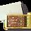 מארז בינוני עם תחתית בצבע זהב ומכסה לבן המחולק לשני תאים- 16 פרלינים ולוחית  מרובעת משוקולד עם הדפס לחג