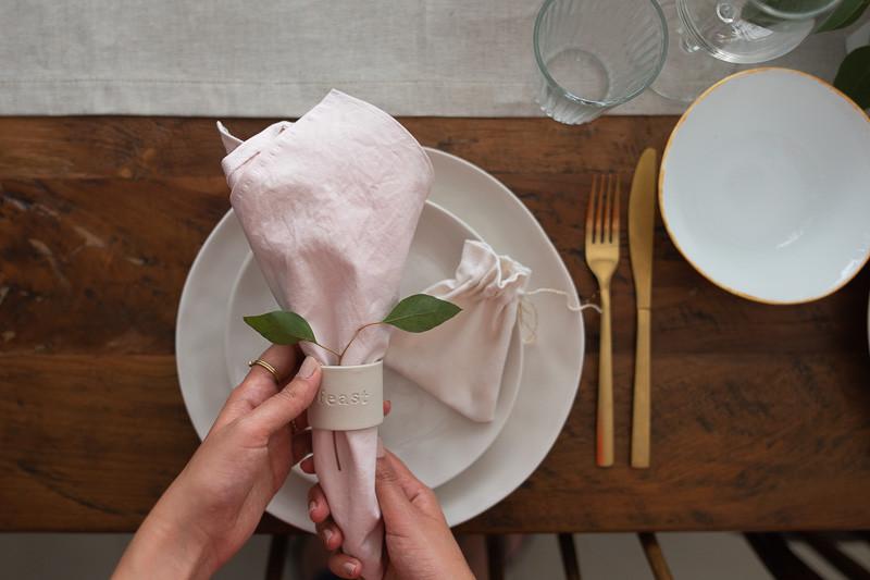 טיפים קלים לעיצוב שולחן החג | טה-דה! בלוג
