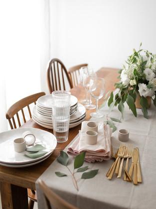 6 טיפים לעיצוב שולחן חג מלא בסטייל