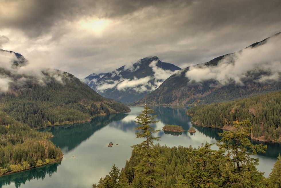 stock-photo-diablo-lake-176628373.jpg
