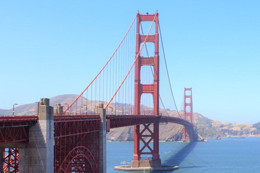 stock-photo-golden-gate-215319537.jpg