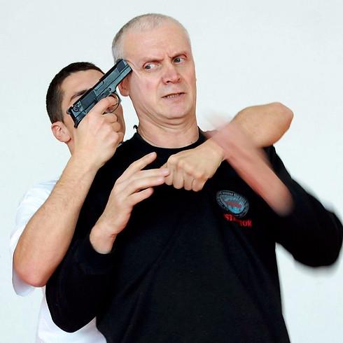 Défenses sur menaces pistolet