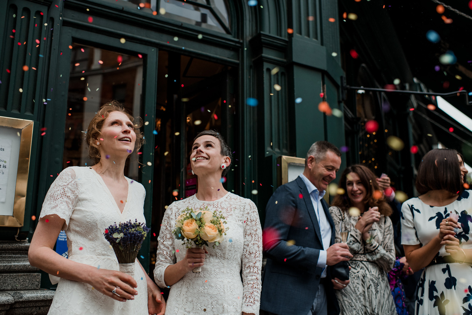 laura_martha_wedding_marylebone_pub.1.jp