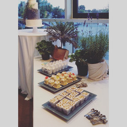 mini cake dessert table wedding cincinnati