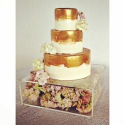 gold painted fondant wedding cake cincinnati