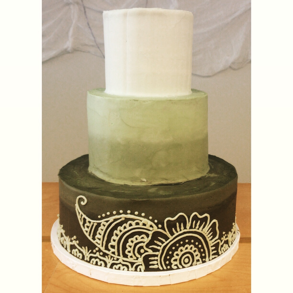 green paisley wedding cake cincinnati