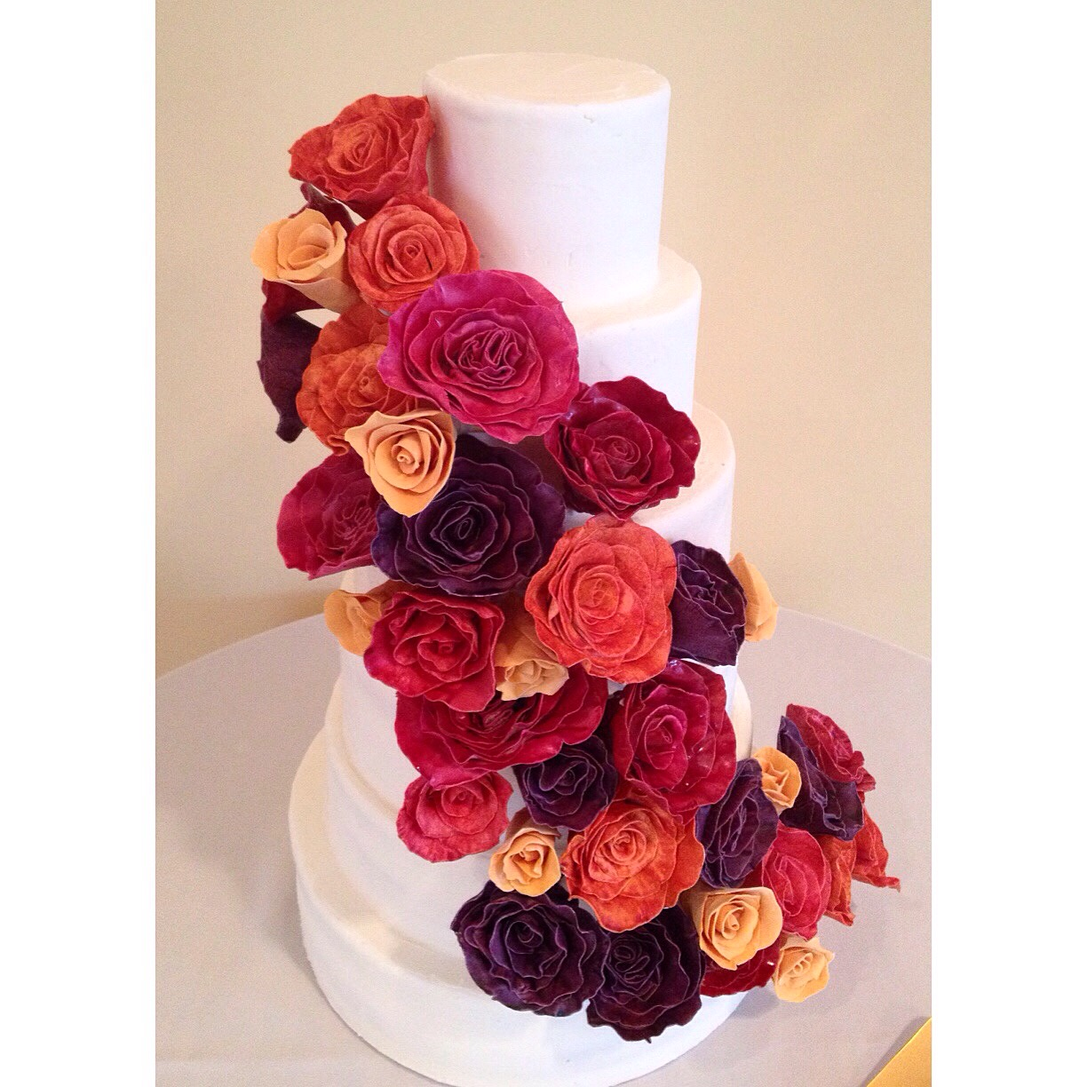 Cincinnati wedding cake fondant roses