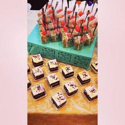 mini cakes wedding dessert bar cincinnati