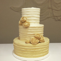 champagne ombre rose wedding cake cincinnati