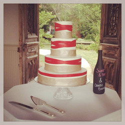 gold and red ribbon cake cincinnati wedding