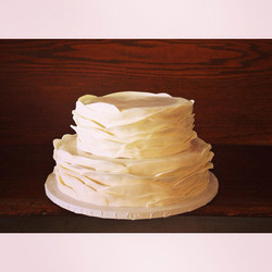 soft fondant ruffle cake wedding cincinnati
