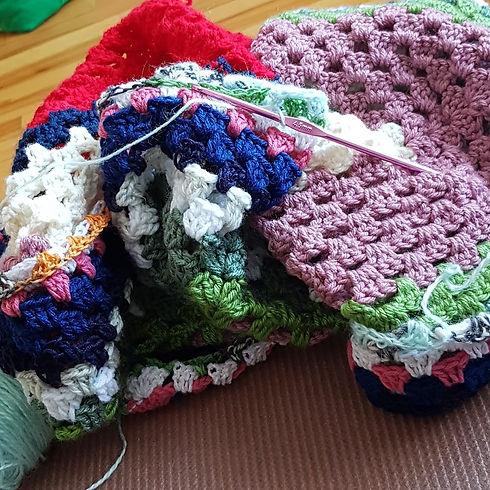 CrochetingKat01.jpg