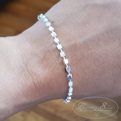 "7"" Sterling Silver Endless Cubes Bracelet"