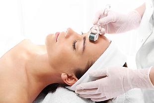 Medical Beauty - Mikrodermabrasion - Mesotherapie - Microneedling - Fruchtsäure - Köln