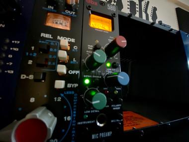 DBX-580-PREAMP.jpeg