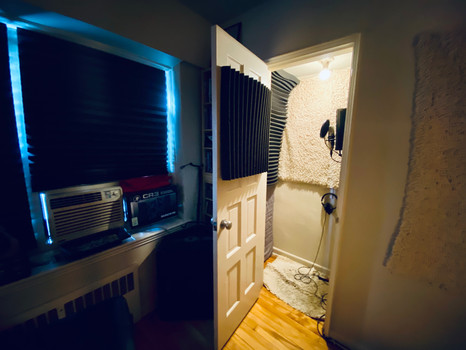 VOCAL-BOOTH.jpeg