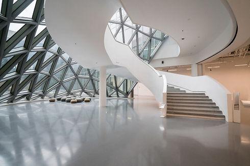 a-escadaria-giratoria-do-museu-de-arte-u
