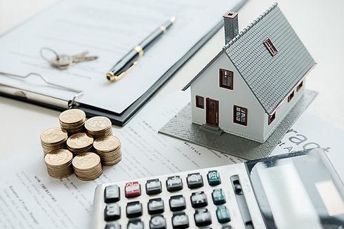 abrigue-o-modelo-com-mediador-imobiliari