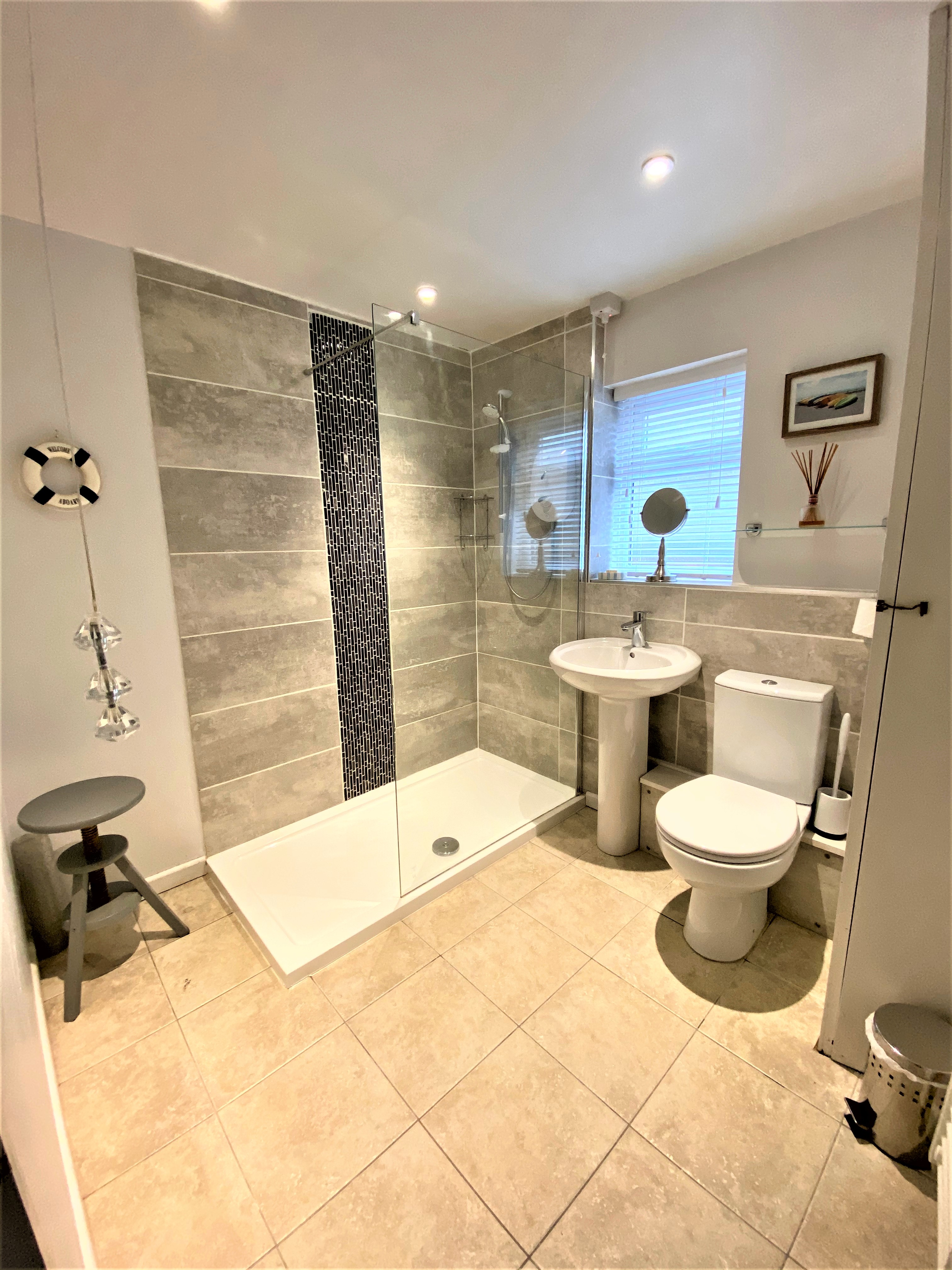 NEW pic of bathroom