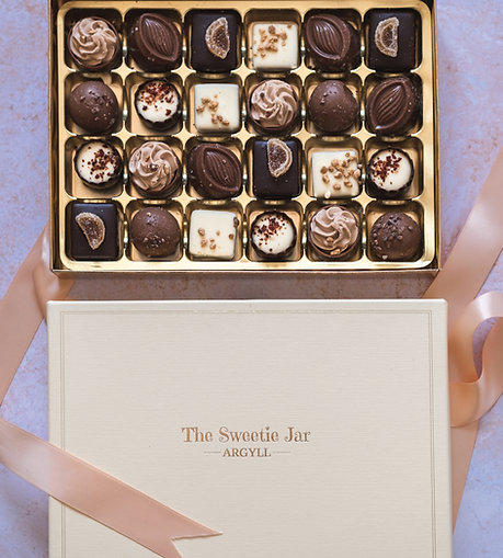 Large Classic Collection Chocolate Box